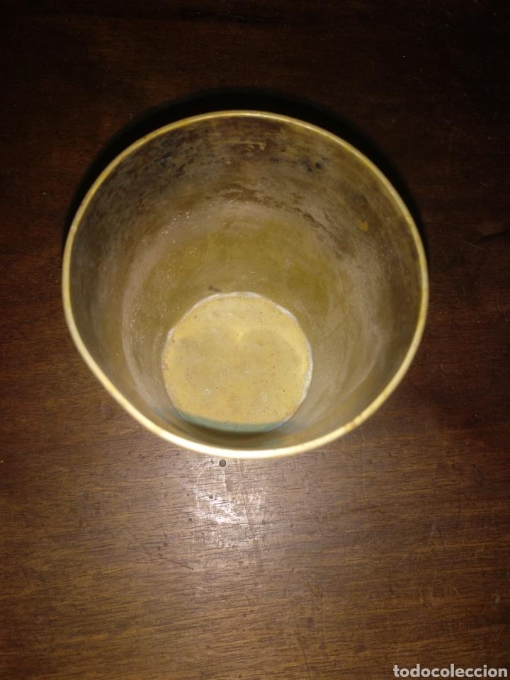 Antigüedades: Vaso plata cincelado con iniciales. Meneses Madrid - Foto 5 - 179048518