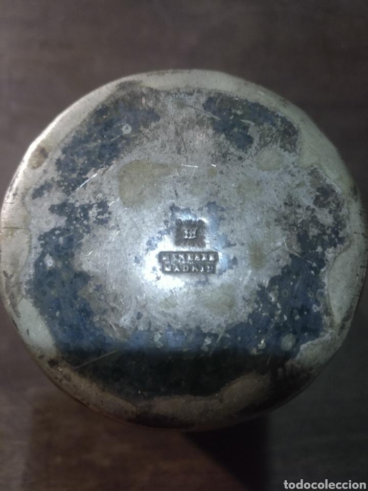 Antigüedades: Vaso plata cincelado con iniciales. Meneses Madrid - Foto 7 - 179048518