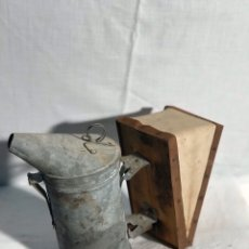 Antigüedades: AHUMADOR ABEJAS COLMENA APICULTURA. Lote 179052792