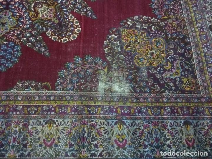 Antigüedades: Alfombra persa de 3.5 x 4 metros color burdeos - Foto 5 - 123249975