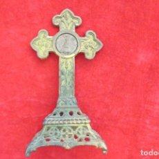 Antigüedades: ANTIGUO CRUCIFIJO CRUZ - DE METAL - VIRGEN. Lote 179076711