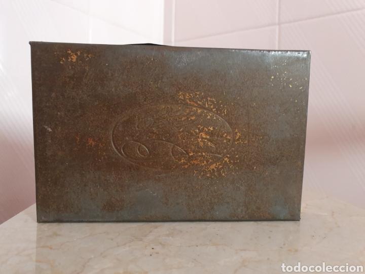 Antigüedades: ANTIGUA CAJA METALICA CONTRA EL ASMA DOCTOR D S.ANDREU - Foto 6 - 179085290