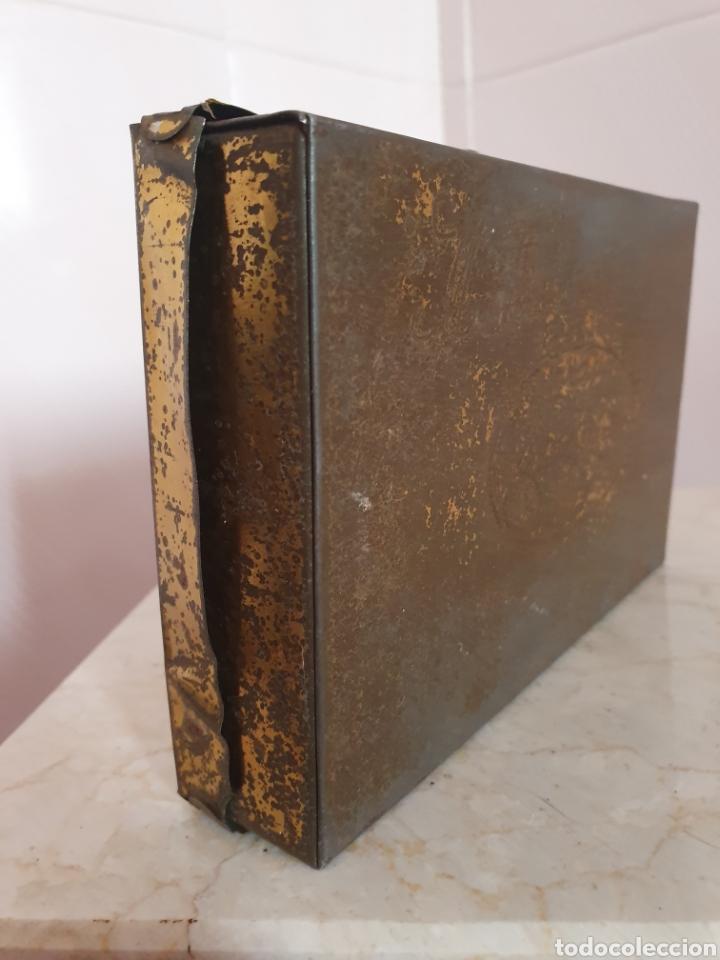 Antigüedades: ANTIGUA CAJA METALICA CONTRA EL ASMA DOCTOR D S.ANDREU - Foto 7 - 179085290