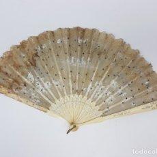 Antigüedades: ABANICO DE HUESO Y TELA ( SIGLO XIX ) PARA RESTAURAR. Lote 179085655