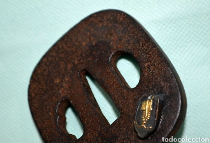Antigüedades: Tsuba japones, espada katana samurái, adorno zoomorfico. Con certificado - Foto 2 - 179109593