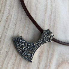 Antigüedades: VIKING AXE PENDANT - HANDMADE BRONZE VIKING JEWELRY - MAMMEN STYLE NECKLACE. Lote 179112366