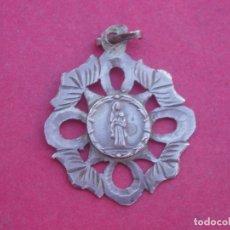Antigüedades: MEDALLA ANTIGUA EN PLATA VIRGEN DE ABELLERA. PRADES. TARRAGONA.. Lote 179113396