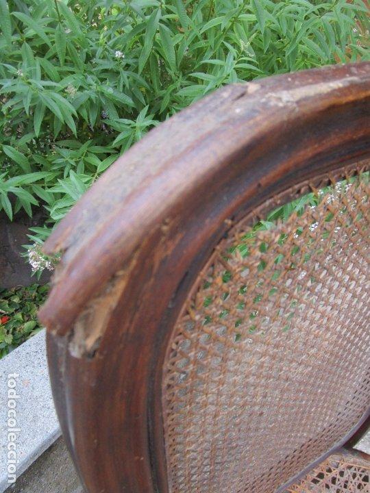 Antigüedades: Curiosas 6 Sillas Originales - Silla, Sello y Etiqueta Thonet, Austria - Madera Curva - Rejilla - Foto 26 - 179129371