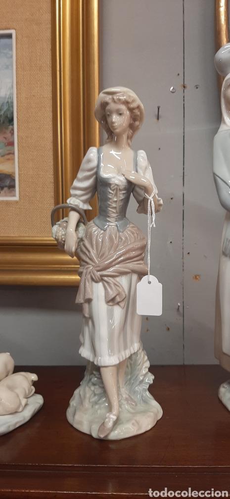 FIGURA LLADRO (Antigüedades - Porcelanas y Cerámicas - Lladró)