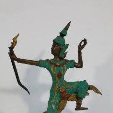 Antigüedades: BAILARINA ARQUERA KHON TAILANDESA FIGURA EN BRONCE VINTAGE . Lote 179133638