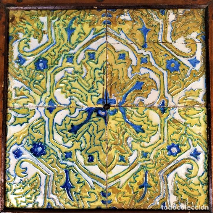 CONJUNTO DE AZULEJOS SIGLO XIX. CERÁMICA. ESMALTE CUERDA SECA. ESPAÑA. (Antigüedades - Porcelanas y Cerámicas - Azulejos)