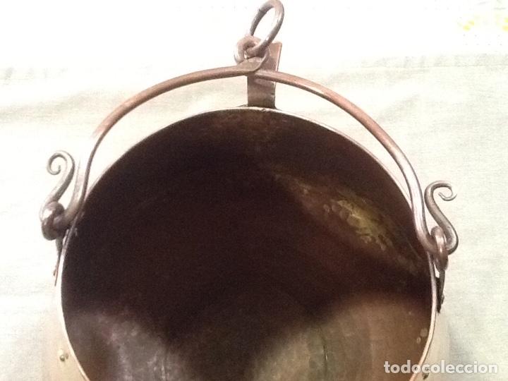 Antigüedades: Antigua marmita de cobre martilleada, medidas vocals 15cm, alto 20cm y ancho 23. Muy bonita - Foto 5 - 179153460