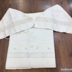 Antigüedades: JUEGO DE SÁBANAS ALGODÓN BORDADAS CON PUNTILLA CAMA MATRIMONIO. Lote 179171151