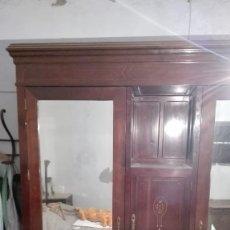 Antigüedades: ARMARIO CAOBA ROJA. Lote 179175606