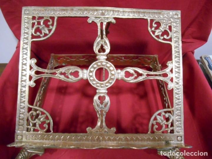 Antigüedades: PRECIOSO ATRIL DE SOBRE MESA EN BRONCE DORADO - SIGLO XIX-XX - - Foto 2 - 179182446