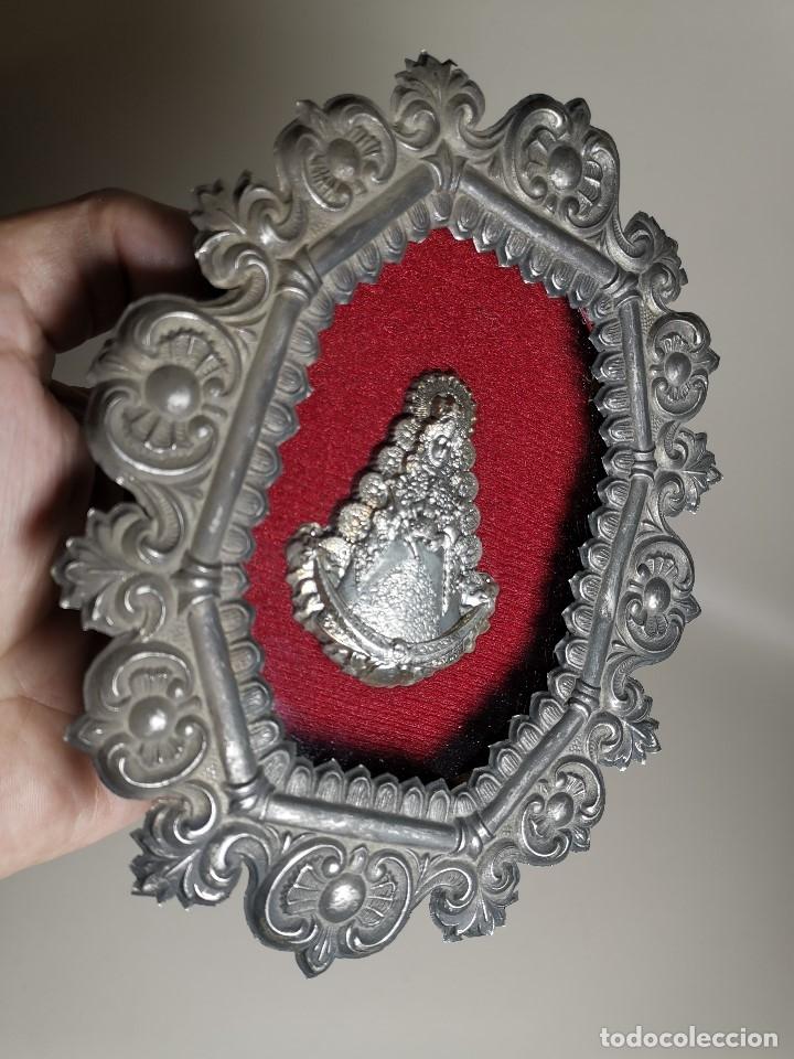 Antigüedades: RELICARIO CUSTODIO DEVOCIONAL DE LA VIRGEN DEL ROCIO-PLATA DE LEY 925 CAPILLA - Foto 3 - 179195870