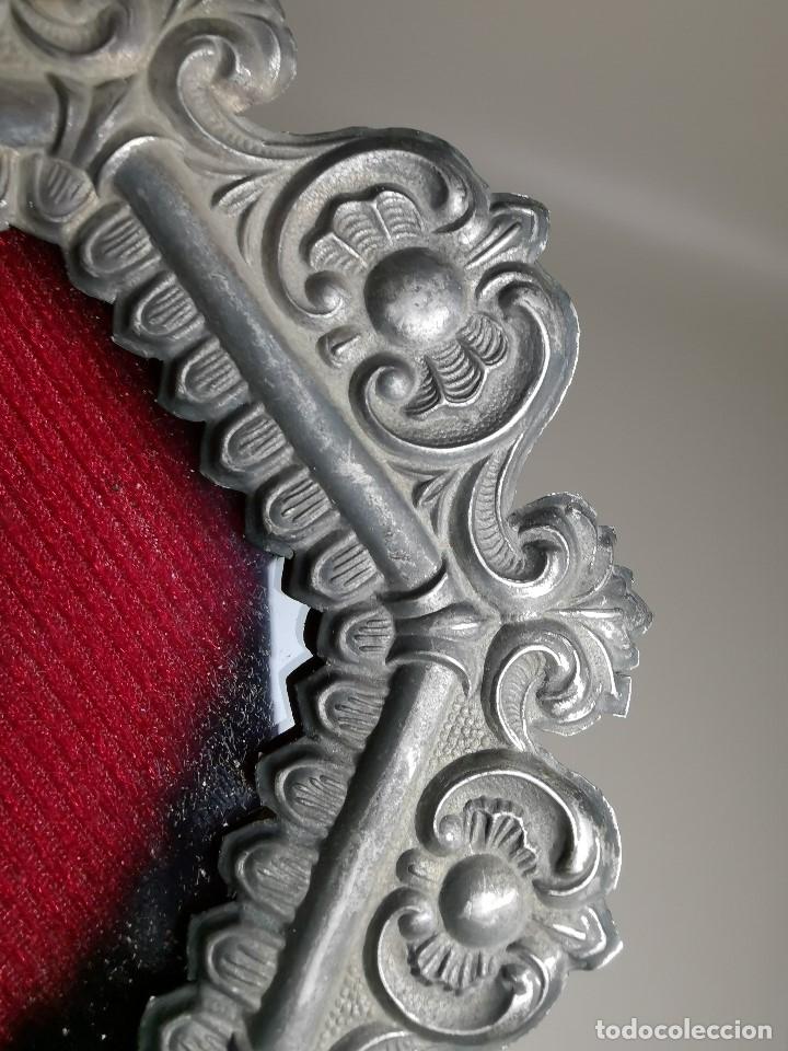 Antigüedades: RELICARIO CUSTODIO DEVOCIONAL DE LA VIRGEN DEL ROCIO-PLATA DE LEY 925 CAPILLA - Foto 7 - 179195870