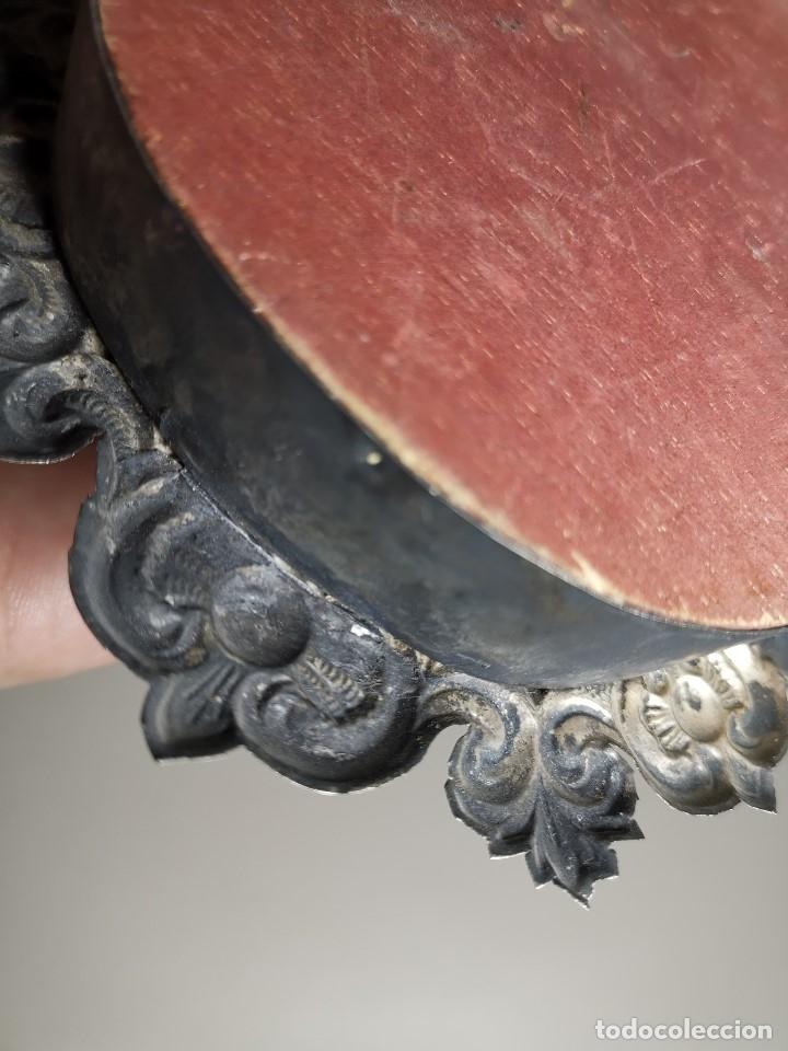 Antigüedades: RELICARIO CUSTODIO DEVOCIONAL DE LA VIRGEN DEL ROCIO-PLATA DE LEY 925 CAPILLA - Foto 9 - 179195870