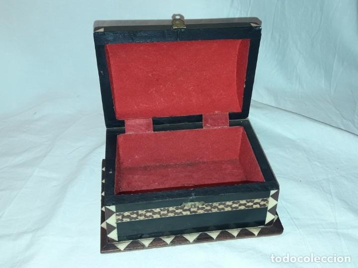 Antigüedades: Bella antigua caja madera marquetería taracea de Granada - Foto 3 - 179203428