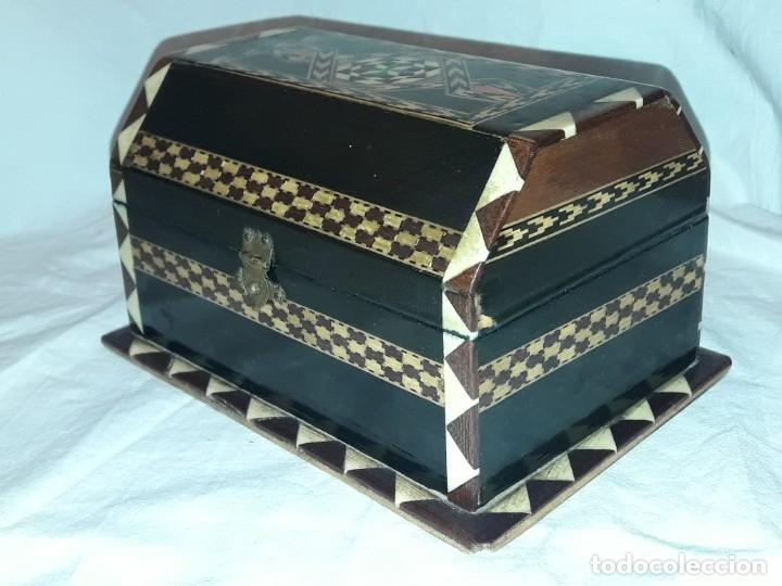 Antigüedades: Bella antigua caja madera marquetería taracea de Granada - Foto 6 - 179203428
