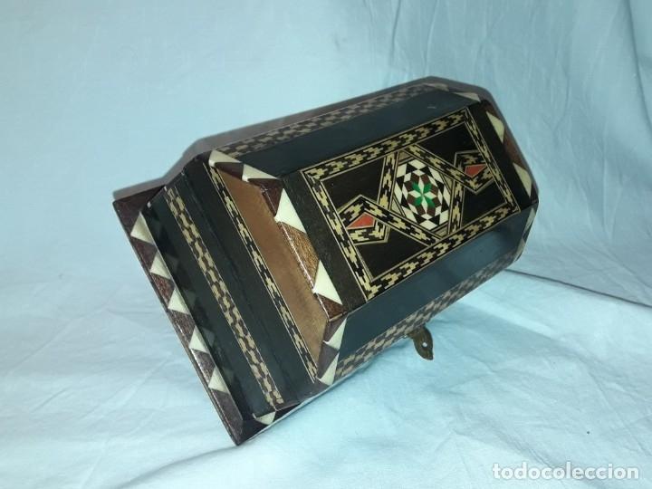 Antigüedades: Bella antigua caja madera marquetería taracea de Granada - Foto 9 - 179203428