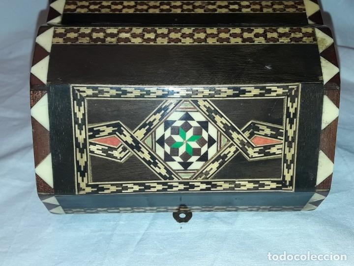 Antigüedades: Bella antigua caja madera marquetería taracea de Granada - Foto 10 - 179203428