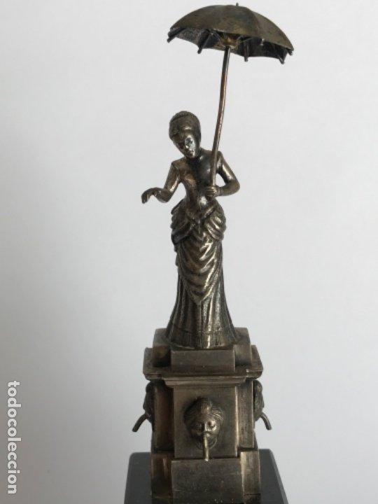 Antigüedades: DAMA DEL PARAGUAS PARAIGUA DE BARCELONA PLATA DE LEY.CONTRASTES. - Foto 2 - 179222167