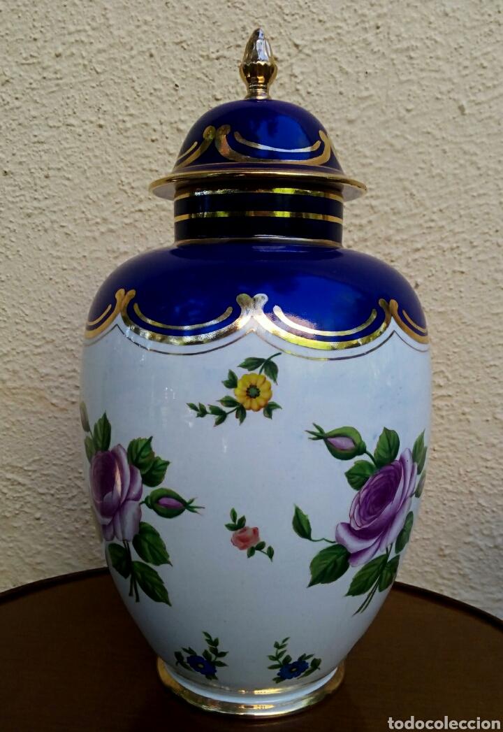 Antigüedades: Jarron frances de porcelana. Decorado mano con motivos florales y oro de ley. Posiblemente Limoges - Foto 6 - 179248748