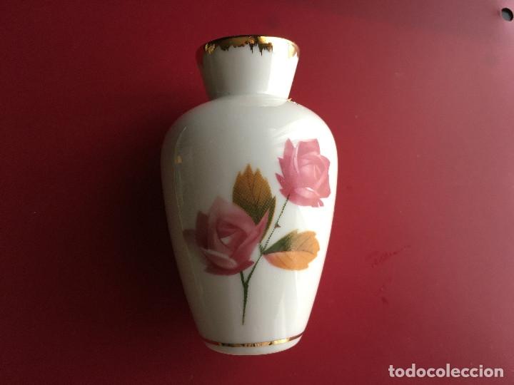PEQUEÑO JARRON MARCA EME MADE IN SPAIN (Antigüedades - Porcelana y Cerámica - Francesa - Limoges)