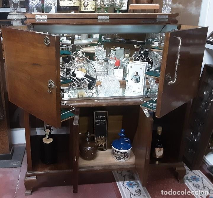 Antigüedades: Mueble bar. Años 40. Madera maciza. Maravilloso mueble para su salón o bodega. - Foto 4 - 179277490
