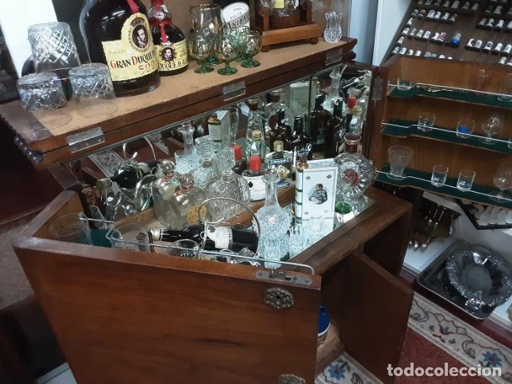 Antigüedades: Mueble bar. Años 40. Madera maciza. Maravilloso mueble para su salón o bodega. - Foto 8 - 179277490