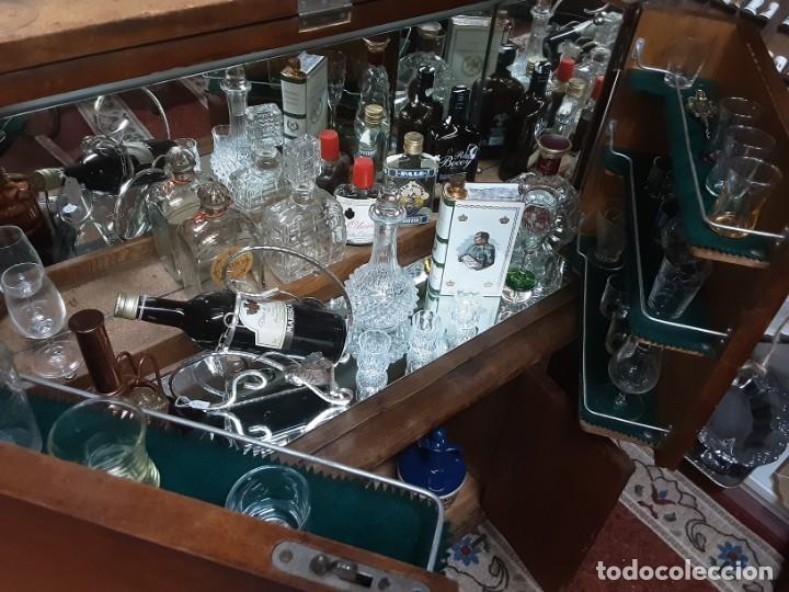 Antigüedades: Mueble bar. Años 40. Madera maciza. Maravilloso mueble para su salón o bodega. - Foto 13 - 179277490