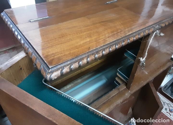 Antigüedades: Mueble bar. Años 40. Madera maciza. Maravilloso mueble para su salón o bodega. - Foto 17 - 179277490