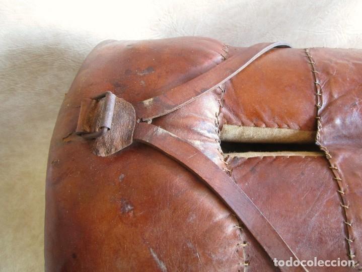 Antigüedades: antigua silla o montura de caballo - Foto 12 - 179318017