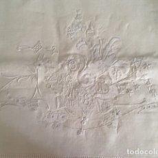 Antigüedades: SÁBANA DE BODA, ANTIGUA BORDADA, HILO, HECHA A MANO, SIN ESTRENAR, S.XIX. Lote 179324026