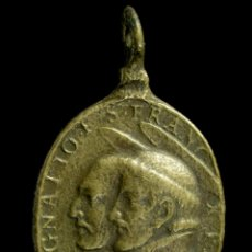 Antigüedades: MEDALLA RELIGIOSA SIGLOS XVI-XVII, 30X17 MM.. Lote 179377893