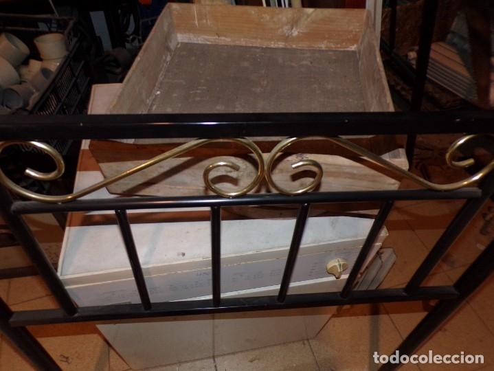 Antigüedades: cabezal de cama - Foto 3 - 179390456