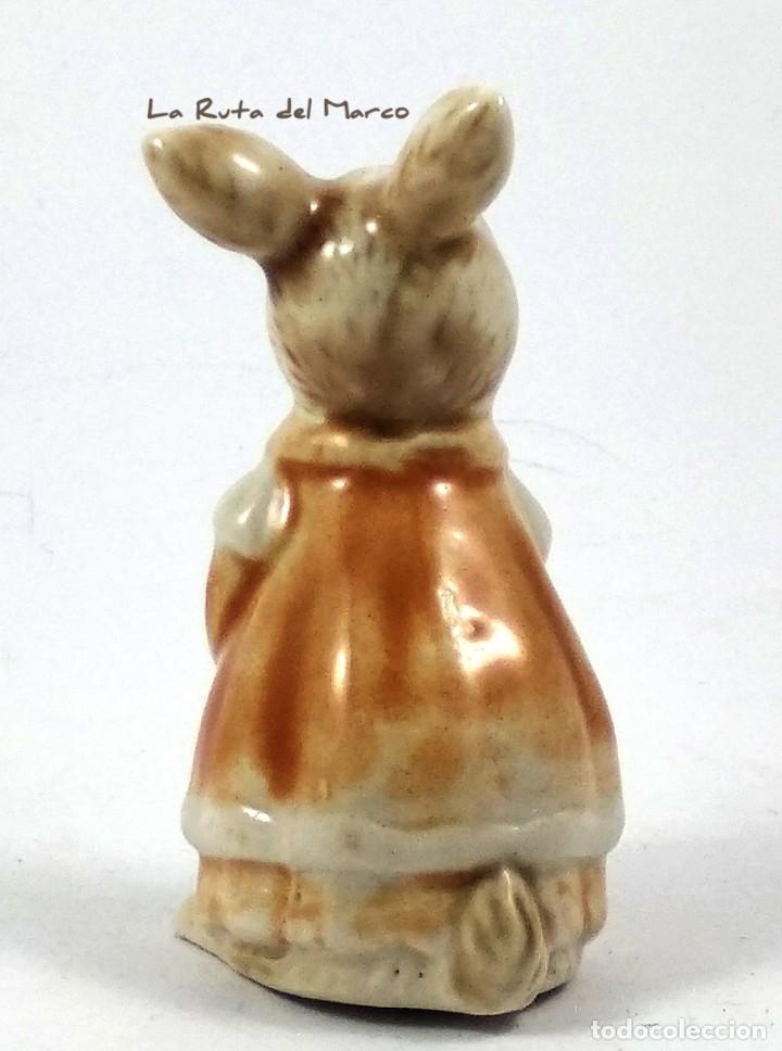 Antigüedades: Golden Rose Giftware - Conejita - Figura de porcelana - Pintada a mano - Alemania - Años 60 - Foto 4 - 179395320