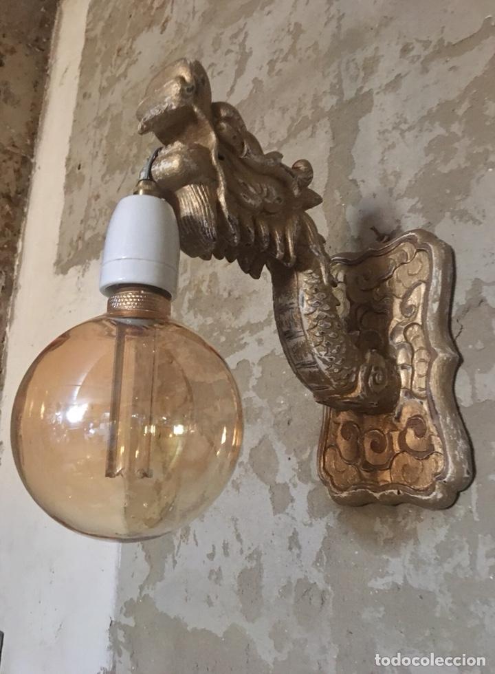 Antigüedades: Pareja apliques dragones de madera tallada ,bombillas -tulipas incluidas -(19313) - Foto 13 - 179537105