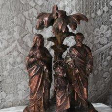Antigüedades: SAGRADA FAMILIA EN COBRE, ANTIGUA. Lote 179545252