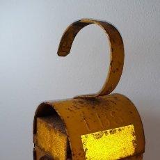 Antigüedades: ANTIGUO FAROL CHALWYN LBS LAMPARA DE ACEITE LINTERNA DE SEÑALES DE TRAFICO DE FERROCARRIL. Lote 179944201