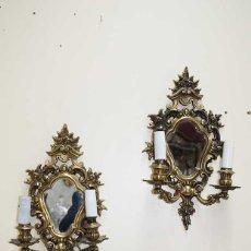 Antigüedades: APLIQUES ANTIGUOS DE PARED ISABELINOS DE BRONCE. Lote 179944306