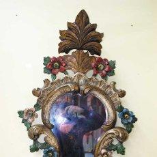 Antigüedades: ESPEJO ANTIGUO DE MADERA TALLADA POLICROMADA. Lote 179944791