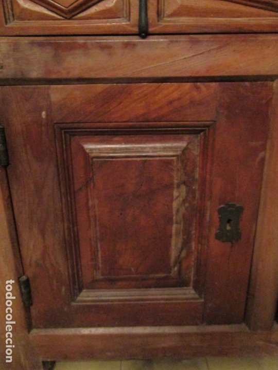 Antigüedades: Aparador, Bufet, Credencia - Madera de Nogal - Tiradores de Hierro - Ancho - 125 cm - - Foto 7 - 179944906
