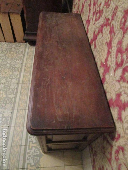 Antigüedades: Aparador, Bufet, Credencia - Madera de Nogal - Tiradores de Hierro - Ancho - 125 cm - - Foto 15 - 179944906