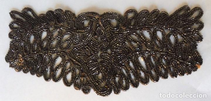 ANTIGUA PIEZA DE AZABACHE S.XIX (Antigüedades - Moda - Encajes)