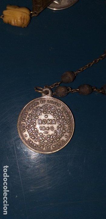 Antigüedades: ROSARIO SIGLO XVIII CON MUCHAS MEDALLAS Y CUENTA DE MARFIL CON CALAVERA Y LA FAZ DE CRISTO - Foto 8 - 180036888