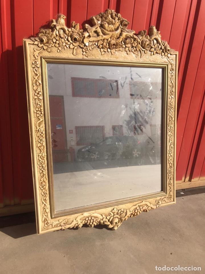 Antigüedades: Antiguo espejo de madera tallada con nidos de pájaros tallado a mano - Foto 4 - 180037570