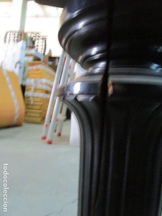 Antigüedades: Bonito Piano de Cola - Marca Chassaigne Fréres - Madera y Laca Negra - con Banqueta - Foto 19 - 180071485