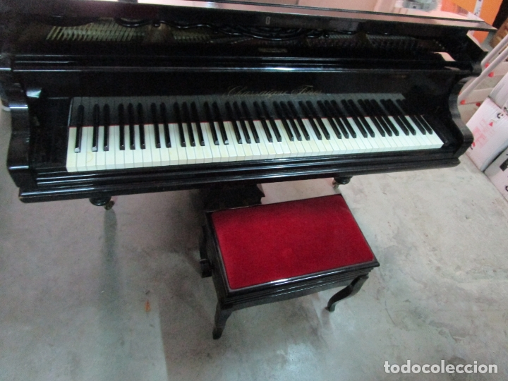 Antigüedades: Bonito Piano de Cola - Marca Chassaigne Fréres - Madera y Laca Negra - con Banqueta - Foto 23 - 180071485